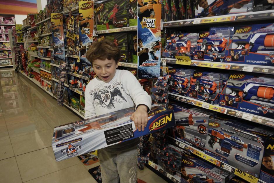 Los niños no dejarán de sorprenderse con los juguetes de última generación. (Foto: Jesús Alfonso/Soy502)