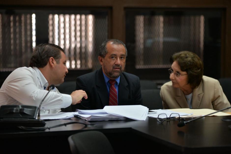 Roberto Barreda y su mamá Beatriz Ofelia de León son sindicados en el caso Siekavizza. (Foto: Wilder López/Soy502)