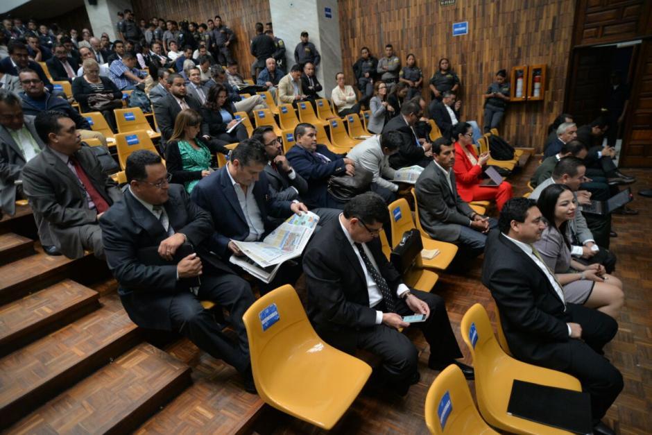 57 personas fueron imputadas por el MP, la audiencia ha sobrepasado el mes desde que comenzó y se han realizado 22 audiencias con varios días de descanso. (Foto: Wilder López/Soy502)