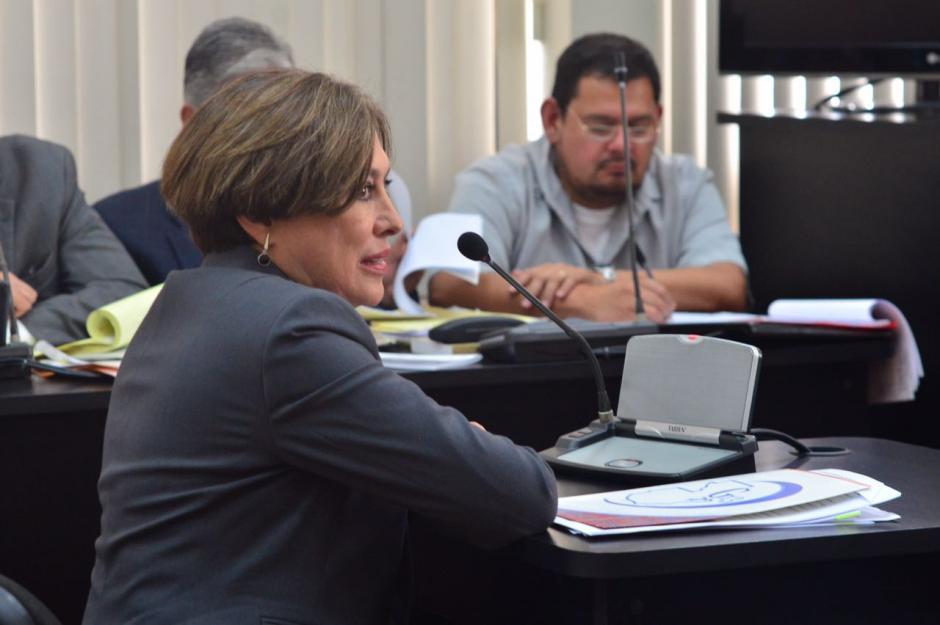 María Antonieta de Bonilla se presentó a declarar ante el Tribunal donde se desarrolla el juicio por el caso Vipasa-Bancafé. (Foto: Jesús Alfonso /Soy502)