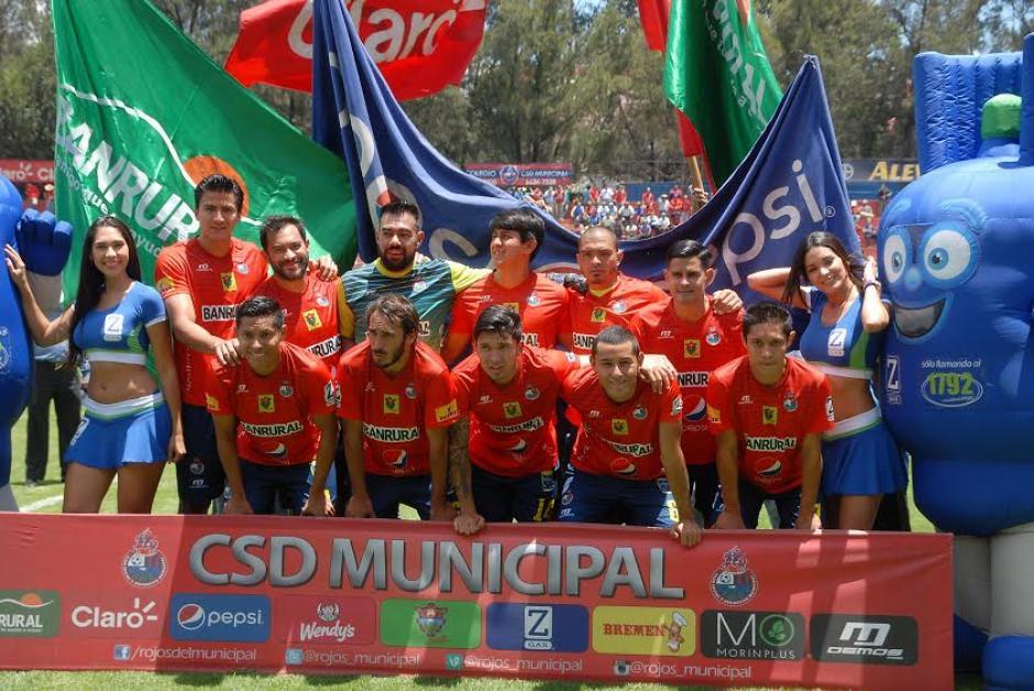 Este fue el once inicial de Municipal frente a Mictlán. (Foto: Nuestro Diario)