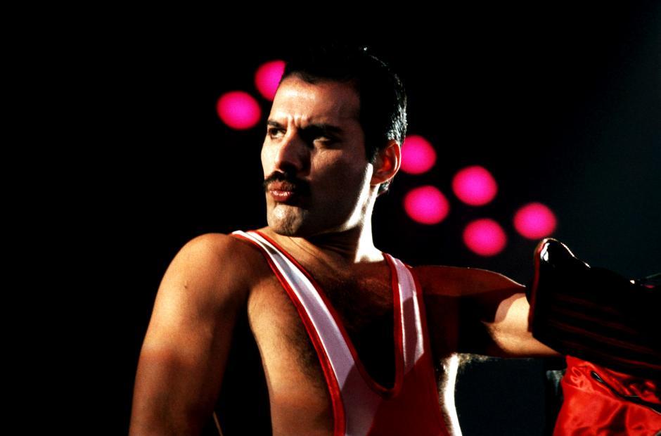 Mercury es conocido por ser el fundador y vocalista de la inolvidable banda de rock Queen. (Foto: queenphotos.wordpress.com)