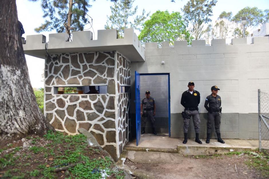 El juez Gálvez realiza una supervisión en las instalaciones del centro preventivo. (Foto: Jesús Alfonso/Soy502)