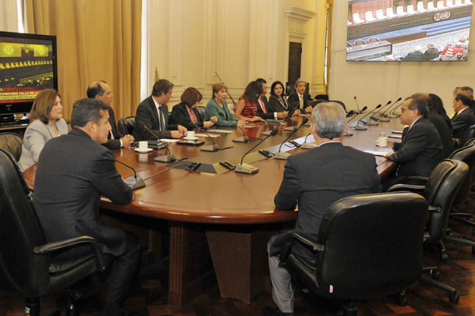 Presidente de Perú Ollanta Humala sigue el fallo de La Haya acompañado de su gabinete de ministros en Palacio de Gobierno/Foto: Diario Comercio