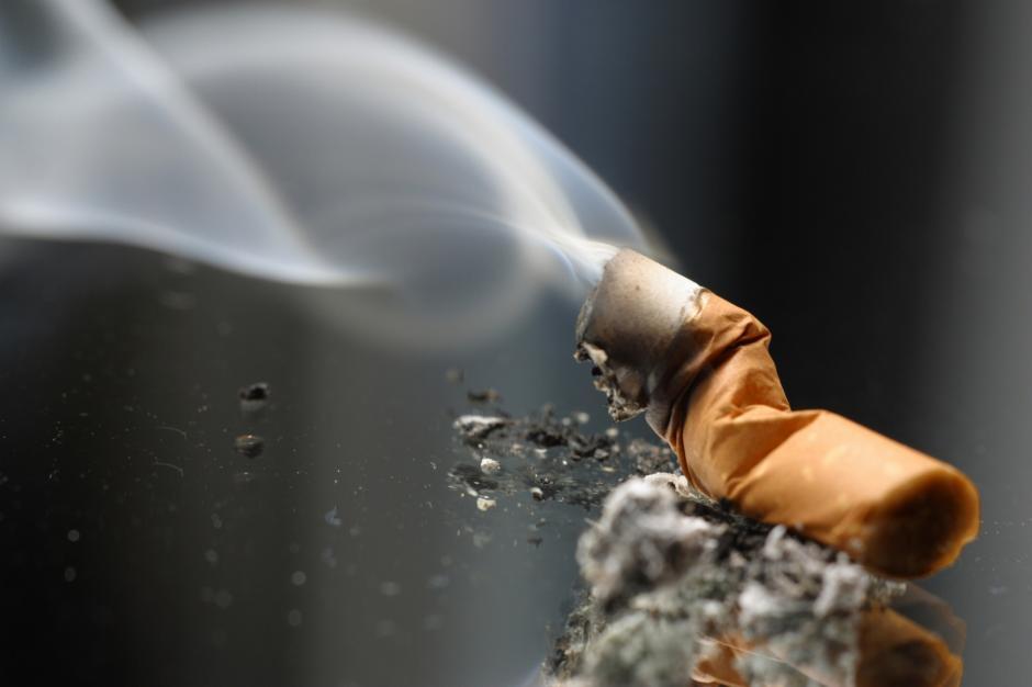 Dejar el cigarrillo abruptamente podría ser la opción más efectiva para no recaer en el vicio.