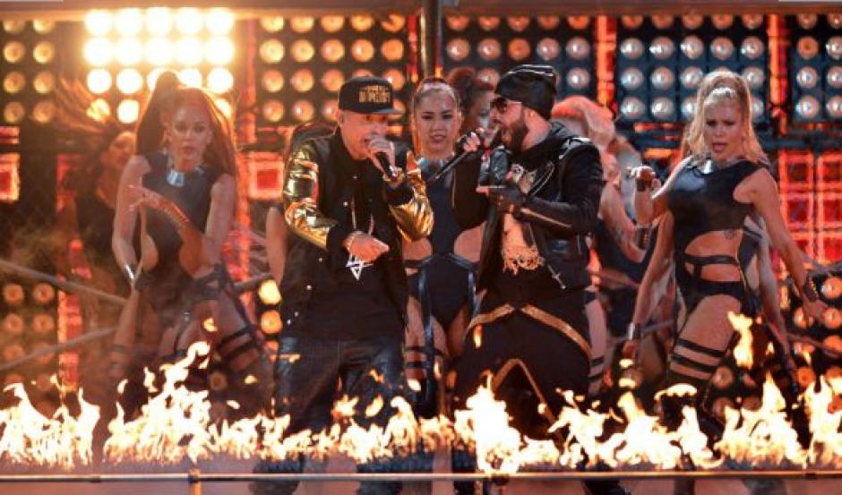 """""""Moviendo Caderas"""" llegaron Yandel y Daddy Yankee, los reyes de la música urbana. (Foto: Premios lo Nuestro)"""