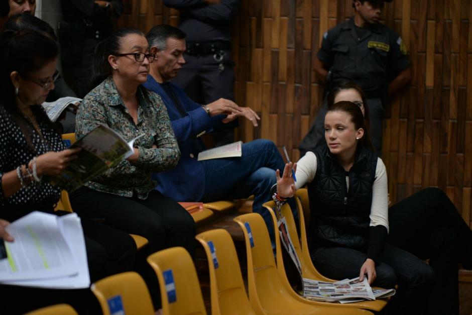 Daniela Beltranena y Judith Ruiz, solicitarán que se otorguen medidas sustitutivas. (Foto: Wilder López/Soy502)