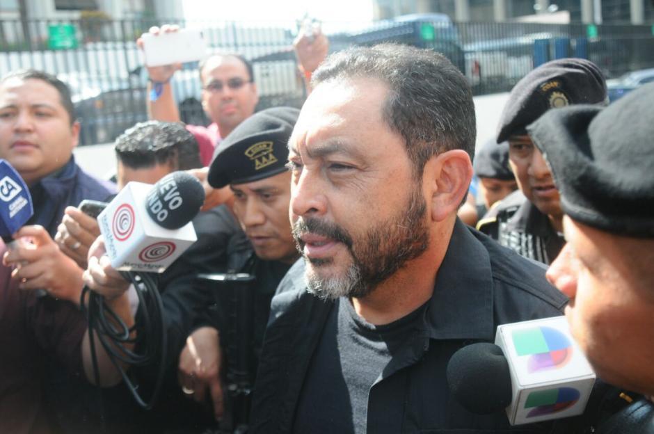 Un juez deberá informarle a López Bonilla los motivos de su detención. (Foto: Alejandro Balán/Soy502)