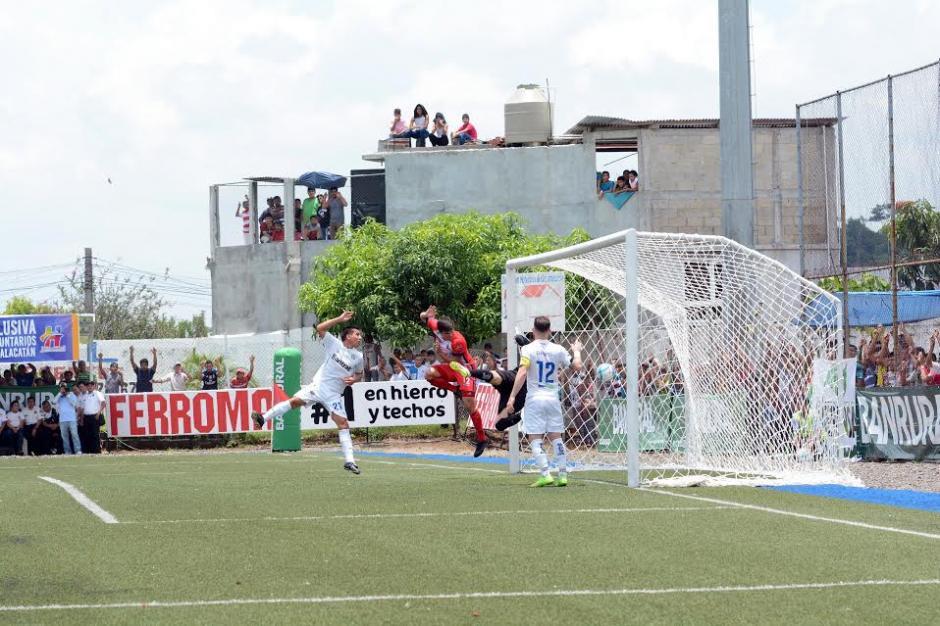 Malacateco mantiene el ritmo ganador en casa.  (Foto: Nuestro Diario)