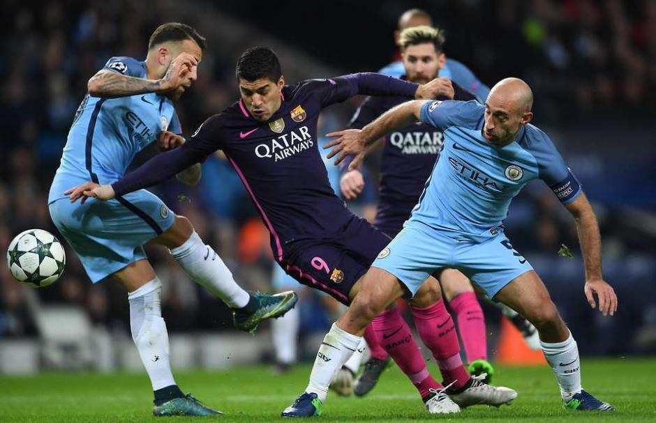 El uruguayo trató pero no pudo, igual que el Barcelona. (Foto: EFE)