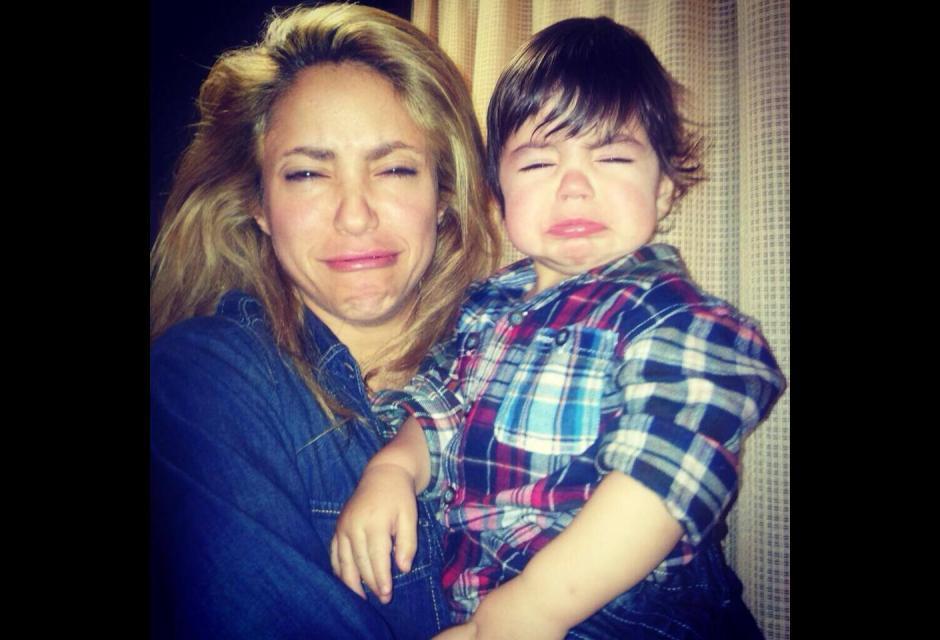 Shakira y Milan haciendo pucheros.