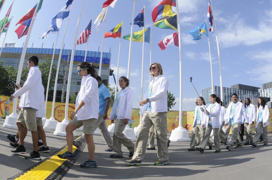 Los atletas guatemaltecos. En el grupo destacó la presencia de Gisela Morales. (Foto: Pedro Pablo Mijangos/ Soy502)