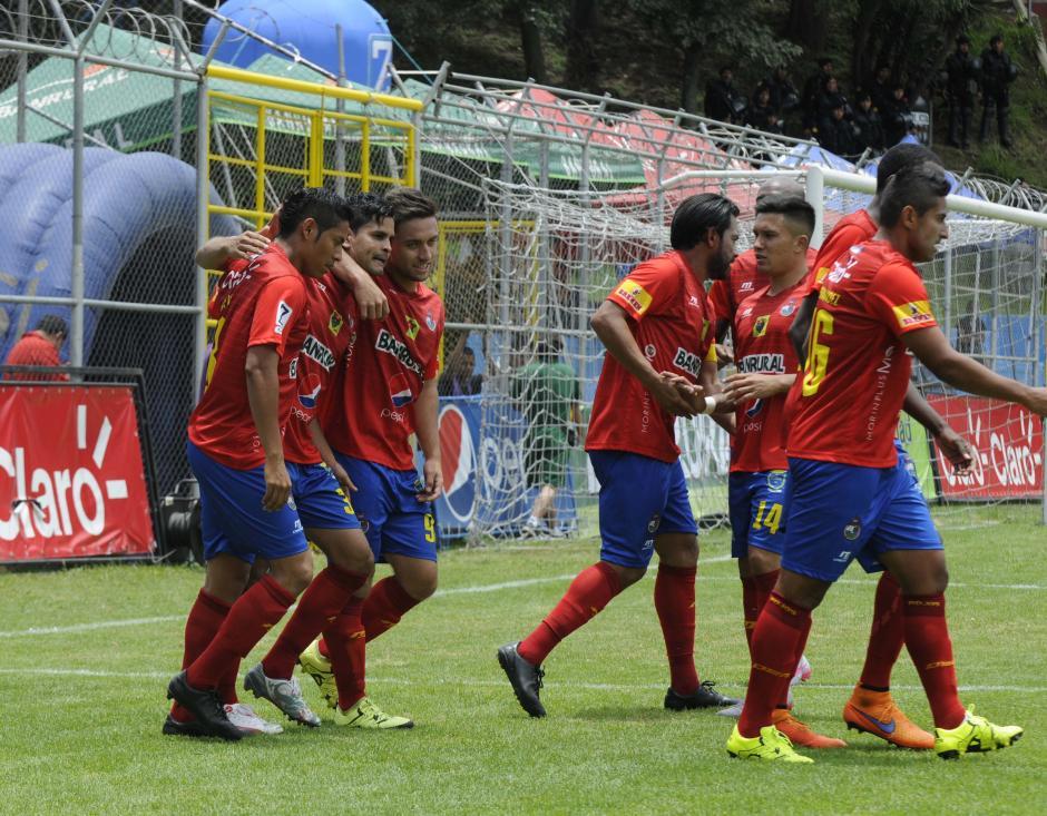 Los rojos sumaron de a tres por primera vez en el torneo. (Foto: Nuestro Diario)