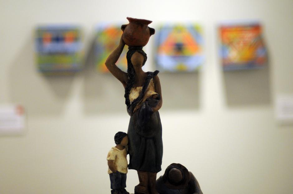 La mujer como pilar de la familia y la sociedad es representada en la pieza de Brenda Estrada Abril.