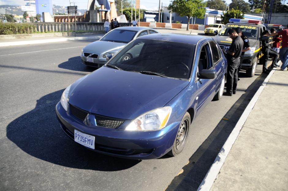 Fue detenida en este vehículo en el Obelisco. (Esteban Biba/Soy502)