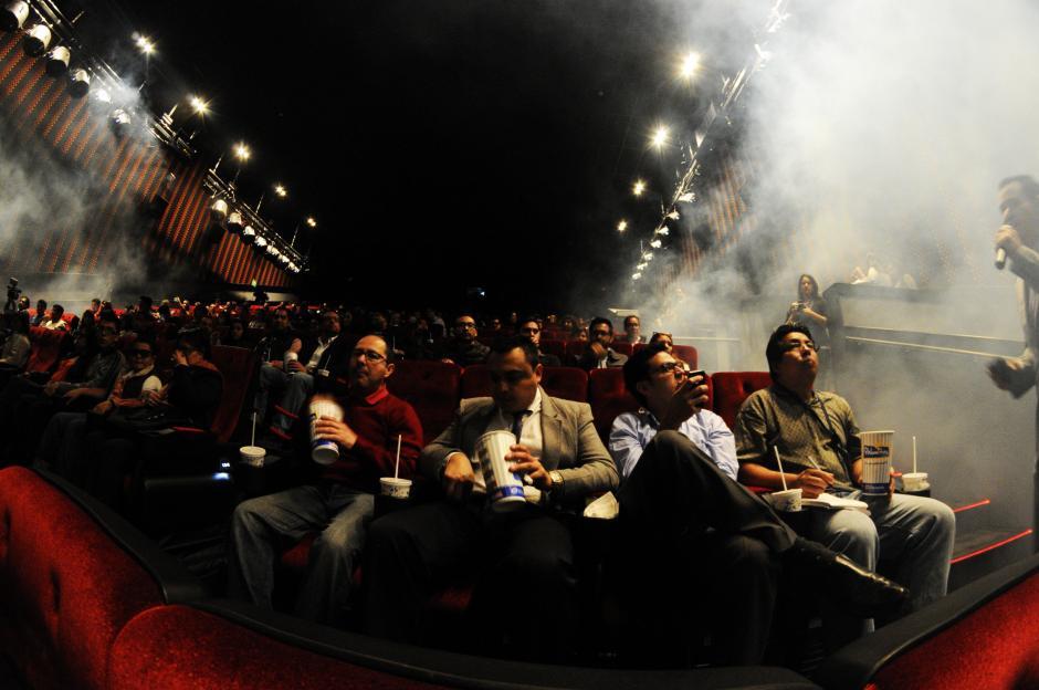 La nueva sala 4DX de Cinépolis Oakland Mall tiene efectos especiales, como humo, en los momentos precisos de las películas. (Foto: Esteban Biba/Soy502)
