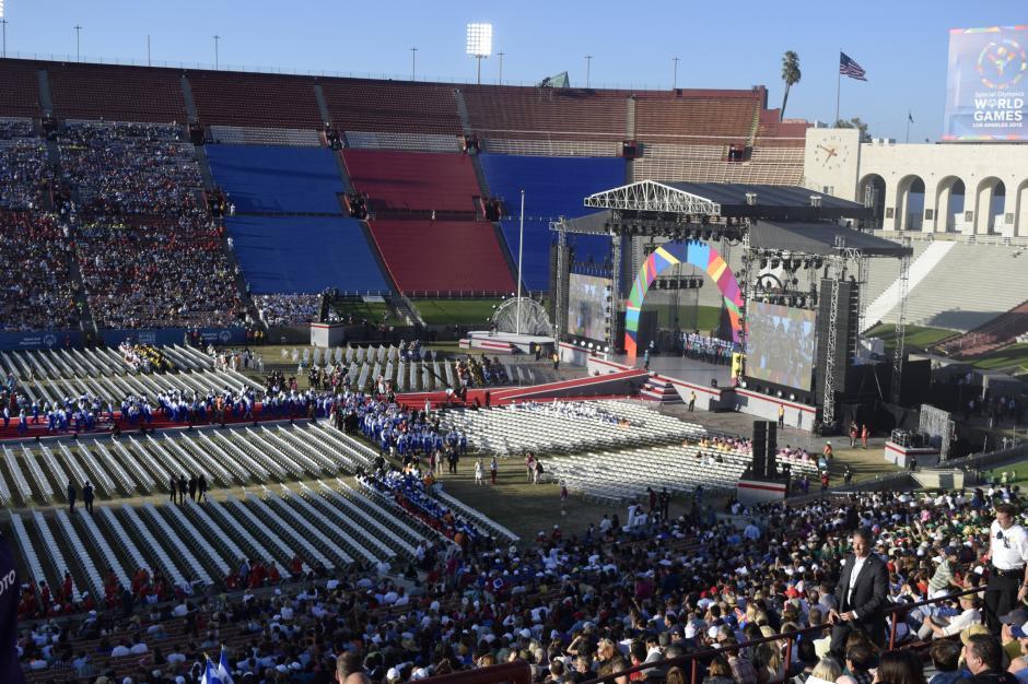 El recinto deportivo estuvo abarrotado para apoyar a los deportistas provenientes de todas partes del mundo.(Foto Giovanni Bautista/Soy502)