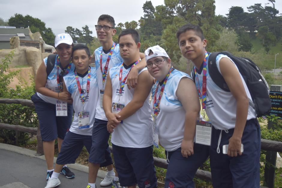 Los atletas pasaron su día en Santa Bárbara, California previo a viajar a Los Ángeles para la inauguración de los juegos. (Foto: Giovanni Bautista/Soy502)