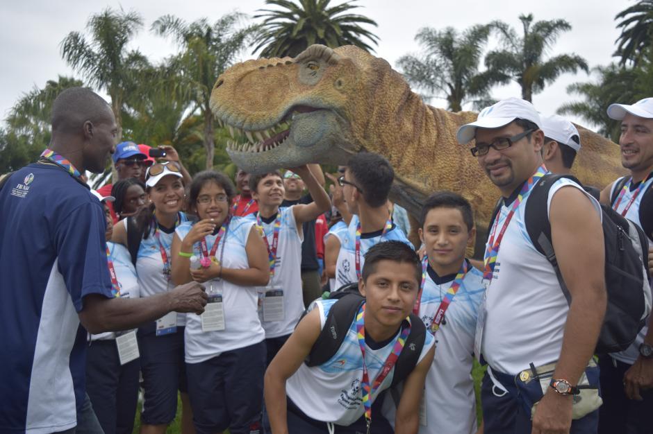 Una calurosa bienvenida tuvieron los atletas guatemaltecos en California previo a su participación en los Juegos Mundiales de Olimpiadas Especiales. (Foto: Giovanni Bautistas/Soy502)