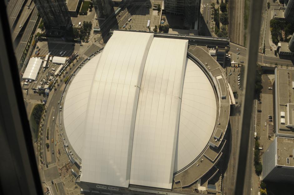 Así se ve el Rogers Centre desde las alturas, será la sede de la inauguración de los Juegos Panamericanos, techado para no dejar ver ningún detalles de la ceremonia.(Foto: Pedro Pablo Mijangos/Soy502)