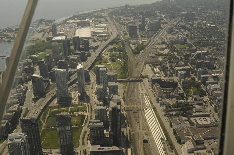 Así es la ciudad de Toronto vista desde 447 metros. Panorámica de la sede de los Juegos Panamericanos.(Foto: Pedro Pablo Mijangos/Soy502)