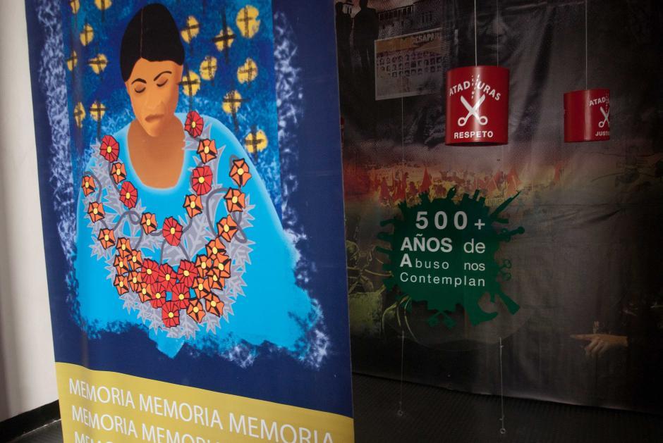 Los 500 años de represión hacia las etnias indígenas son plasmadas en estas escenas.(Foto: Jesús Alfonso/Soy502)