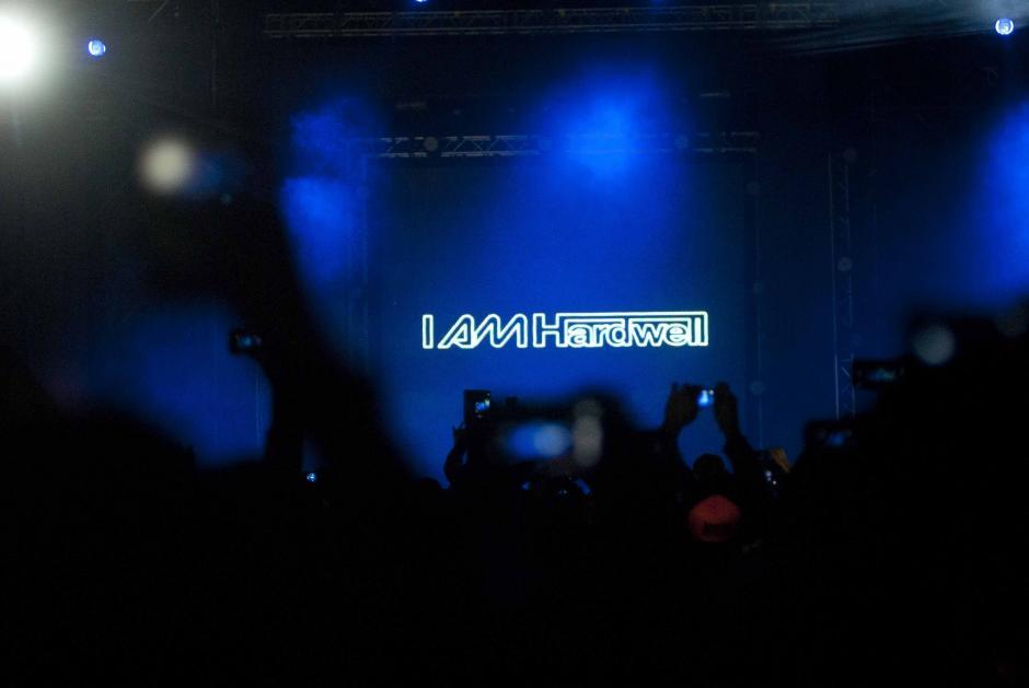 El DJ inició su concierto a las 21 horas, mezcló temas comoApollo y Jumper, y esto hizo delirar al público. (Foto: Jesús Alfonso/Soy502)