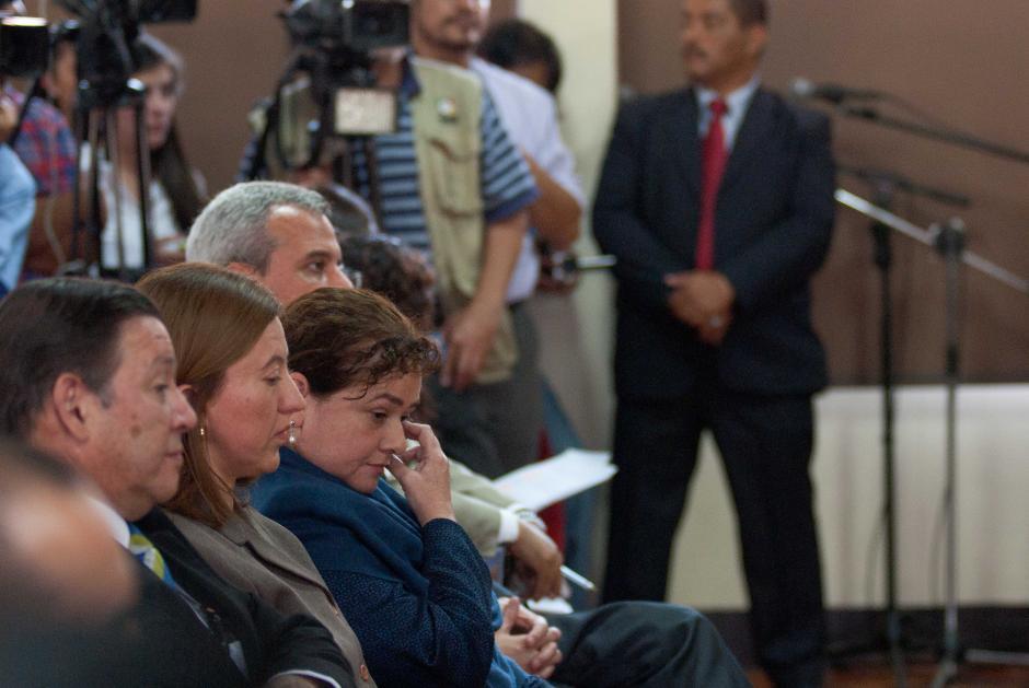 La Fiscal Paz y Paz permaneció atenta a las exposiciones de los que desaprueban y apoyan que cumpla con su período en el cargo. (Foto: Jesús Alfonso/Soy502)