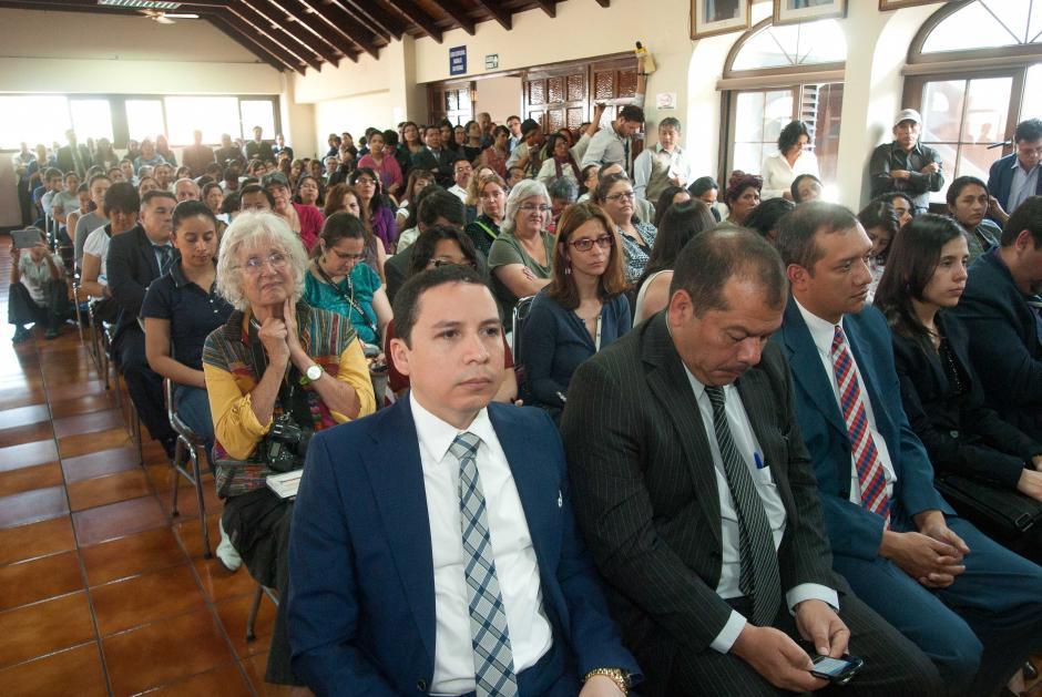La sala de vistas estuvo repleta en todo momento, por diversos sectores de la sociedad, incluidos grupos de derechos humanos. (Foto: Jesús Alfonso/Soy502)