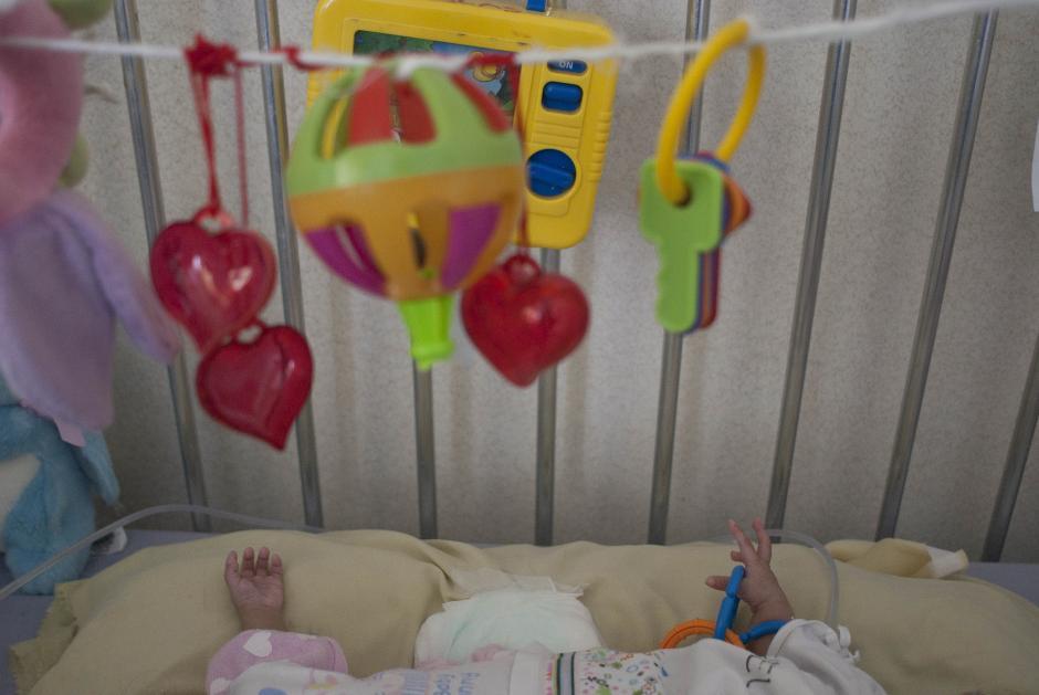 Las Rositas viven en el Hospital Roosevelt y se preparan para ser operadas. (Foto: Jesús Alfonso/Soy502)