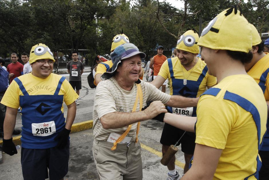 Algunas personas corrieron disfrazadas por primera vez. Para otras, como los que vistieron de Minions ya es una tradición. (Foto: Jesús Alfonso/Soy502)