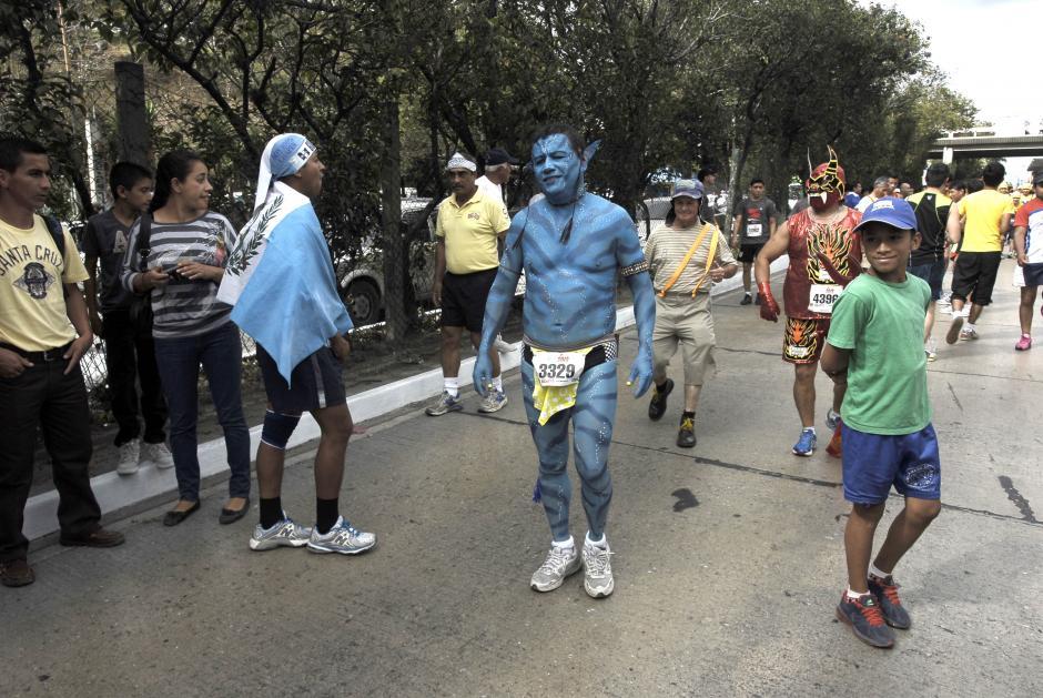 Los Avatar también se hicieron presentes. En esta carrera no es necesario comprar grandes disfraces, el uso de la imaginación también puede tener buenos resultados. (Foto: Jesús Alfonso/Soy502)