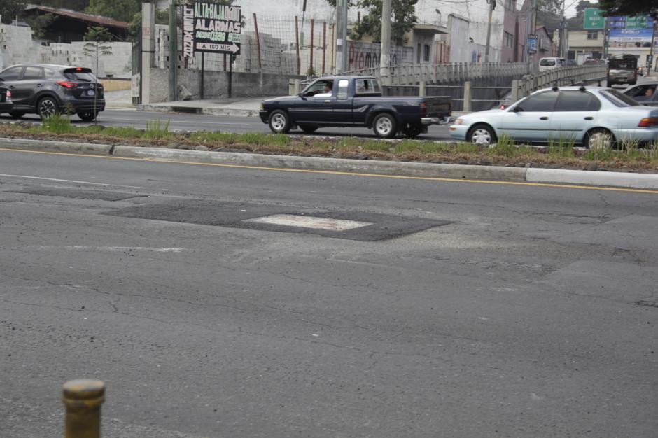 La reparación fue coordinada entras las municipalidades de Mixco y Guatemala con el apoyo del Ministerio de Comunicaciones. (Foto: Fredy Hernández/Soy502)