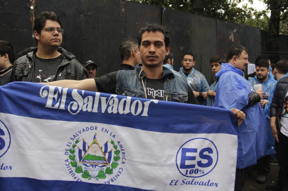Seguidores de la banda estadounidense llegaron de distintos países de la región. (Foto: Fredy Hernández/Soy502)