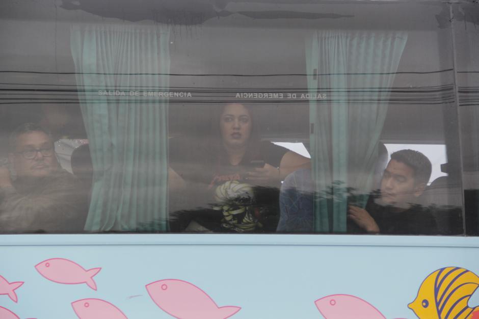 Varios hondureños llegaron en bus para estar presentes en el concierto. (Foto: Fredy Hernández/Soy502)