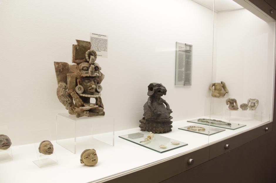 Hallazgos arqueológicos están expuestos en las salas de este lugar. (Foto: Fredy Hernández/Soy502)