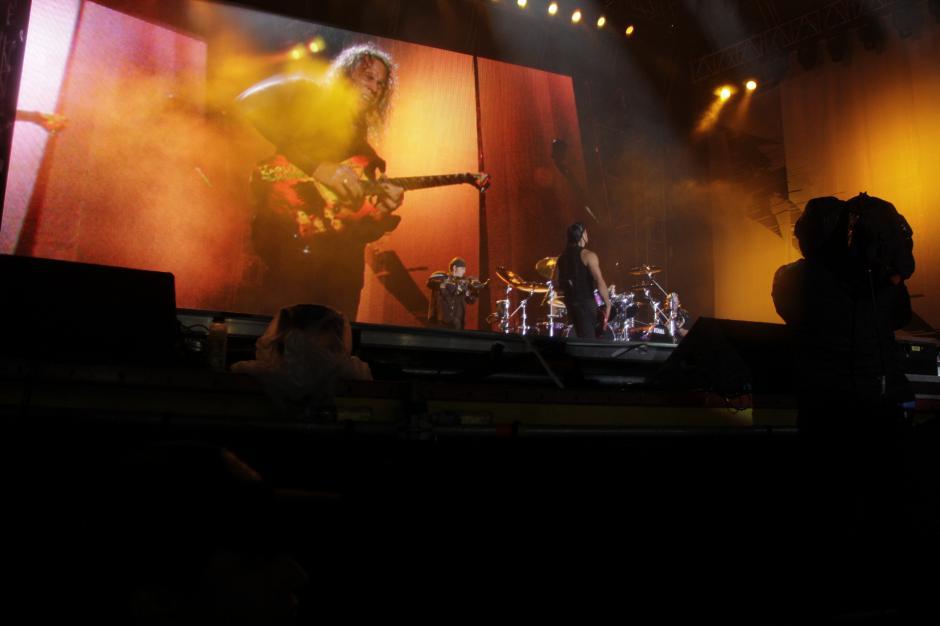 Cerca de dos horas duró el show de Metallica en Guatemala. (Foto: Fredy Hernández/Soy502)