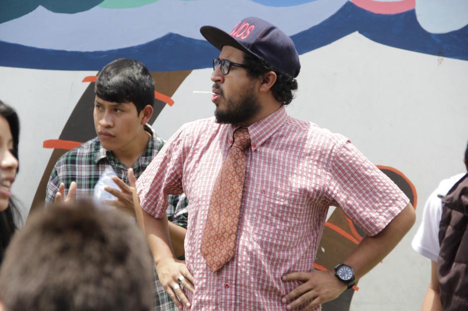 Juan Pablo Romero era uno de los animadores de la fiesta.(Foto: Fredy Hernández/Soy502)