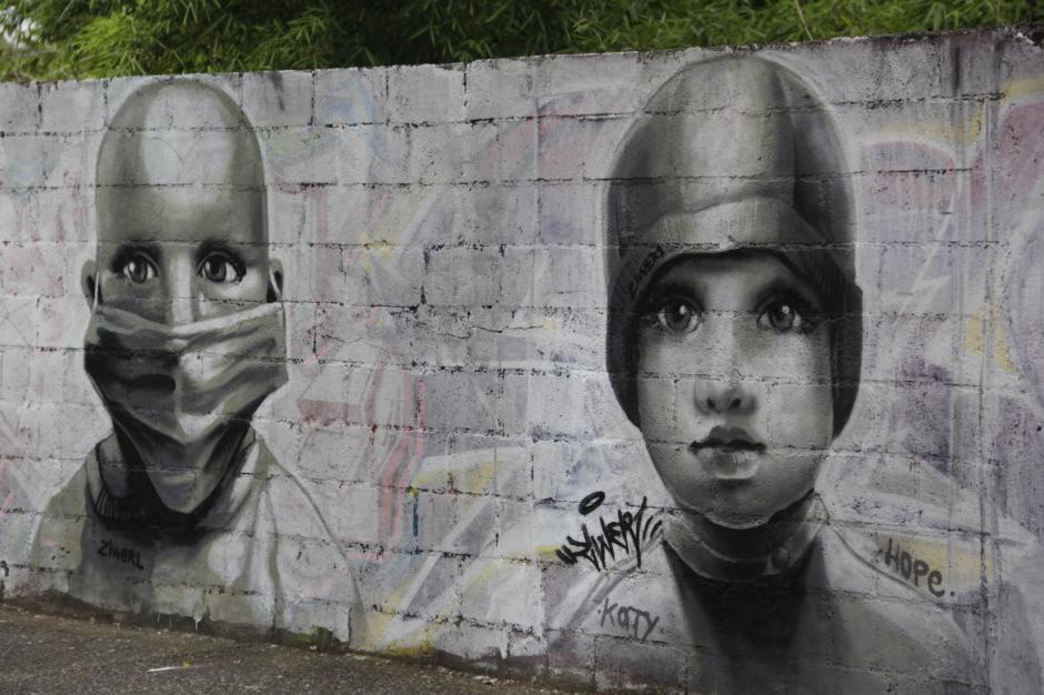 Uno de los detalles que más llama la atención es que los rostros no tienen cejas. (Foto: Fredy Hernández/Soy502)