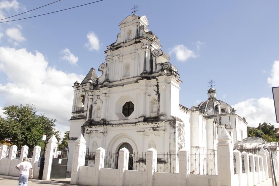 La iglesia de San Juan Ermita es una de sus maravillas arquitectónicas. (Foto: Fredy Hernández/Soy502)