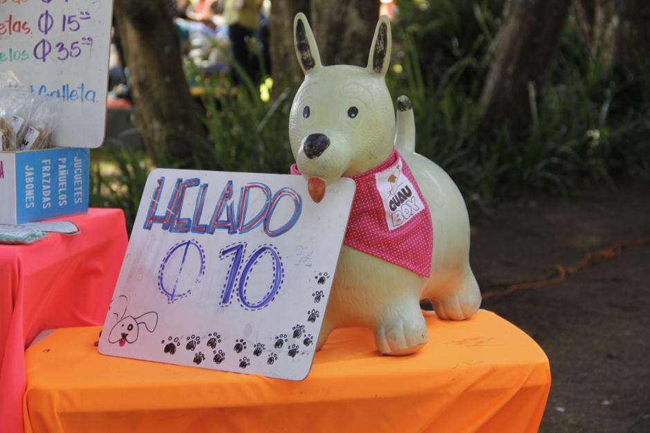 Los Domingos puedes encontrar a Guau Box en Pasos y Pedales de la Avenida Las Américas. (Foto: Fredy Hernández/Soy502)
