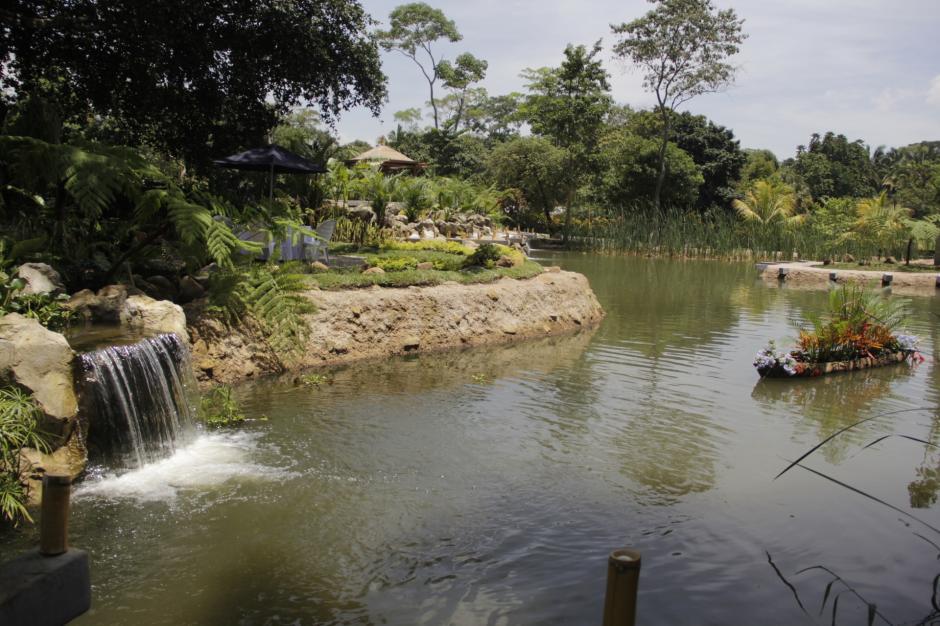 En la laguna se cultivarán peces para que los visitantes puedan pescar su propia comida y prepararla al aire libre. (Foto: Fredy Hernández/Soy502)