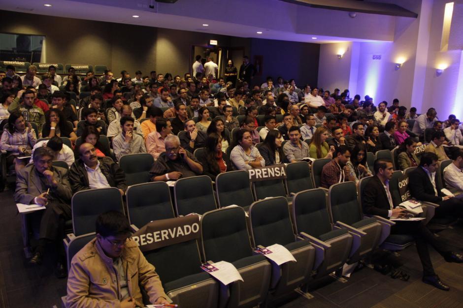 Decenas de emprendedores conocieron de primera mano la plataforma. (Foto: Fredy Hernández/Soy502)
