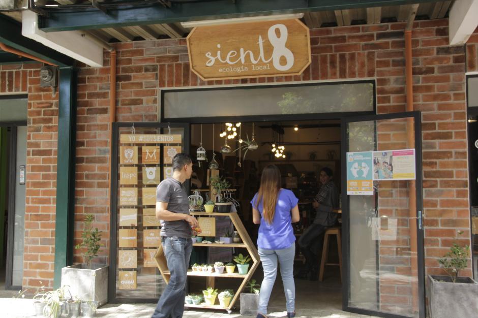 """""""Siento 8"""" es un nuevo espacio donde puedes encontrar propuestas frescas. (Foto: Fredy Hernández/Soy502)"""