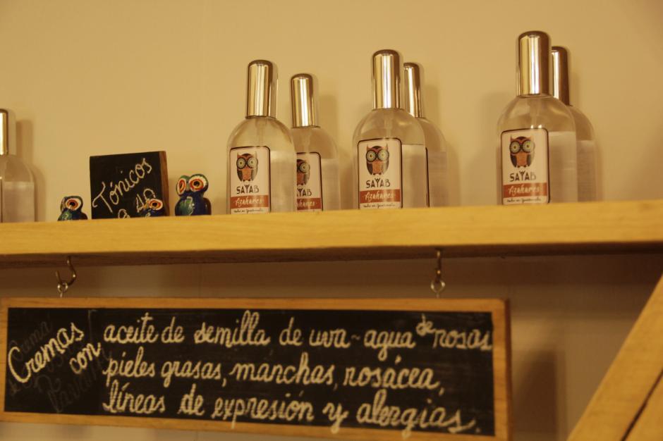 El cuidado para las mujeres no podía faltar en este espacio. (Foto: Fredy Hernández/Soy502)