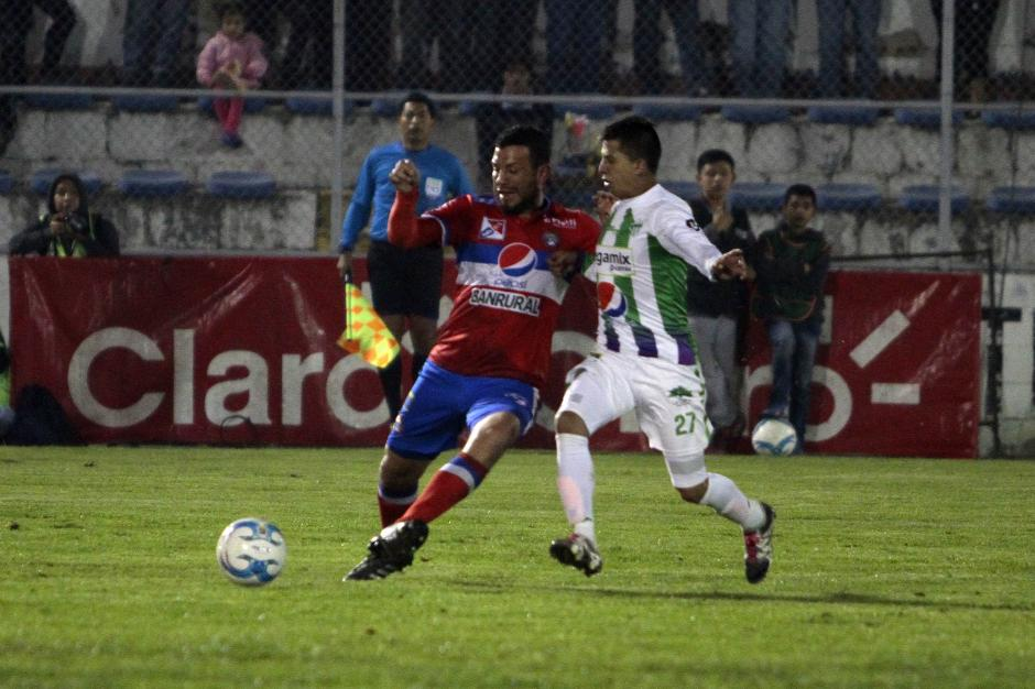 Antigua GFC vence a domicilio a Xela y suma los primeros tres puntos del Clausura 2016. (Foto: Nuestro Diario)