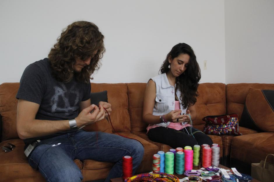 Estos emprendedores buscan más apoyo en comunidades para generar una fuente de trabajo y llevar su arte a otro nivel comercial.(Foto: Fredy Hernández/Soy502)