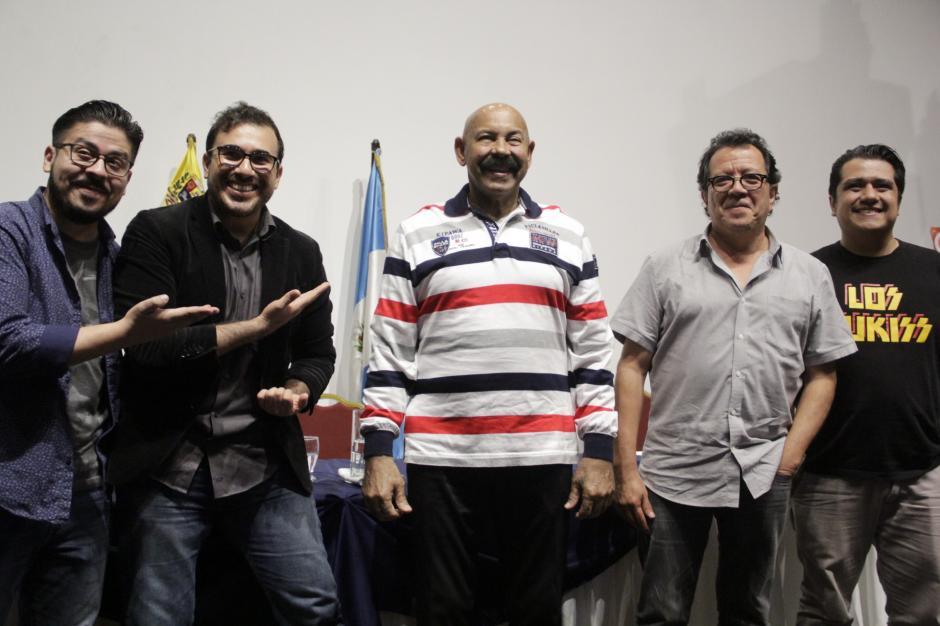 Oscar D'León, Rodolfo Castillo y Malacates hablan de su colaboración musical que presentarán este fin de semana en el país. (Foto: Fredy Hernández/Soy502)