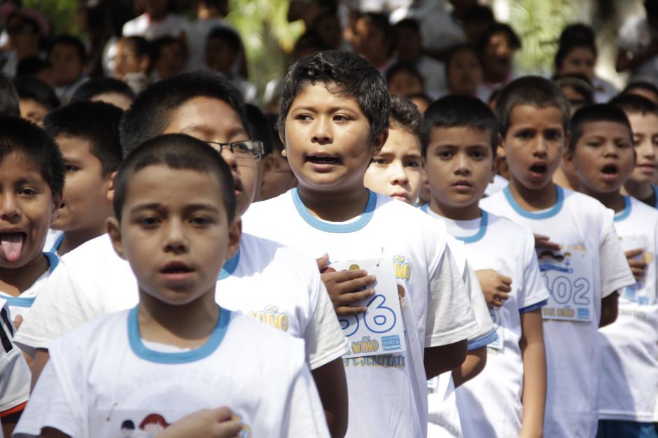 El día favoreció para que el sol iluminara la sonrisa de los pequeños deportistas.(Foto: Fredy Hernández/Soy502)