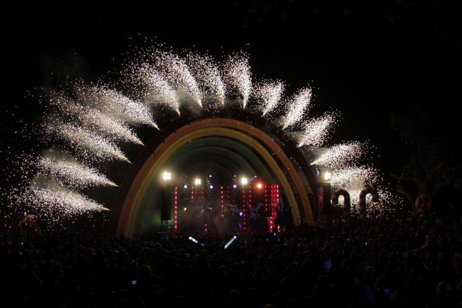 El Irtra se iluminó de colores y magia en la inauguración de la temporada navideña. (Foto: Fredy Hernández/Soy502)